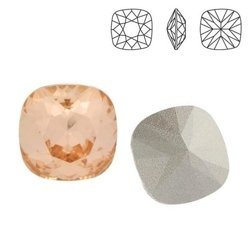 4470 MM 10 Swarovski Square LIGHT PEACH F